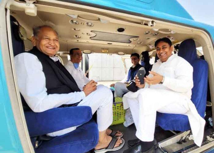 Ashok Gehlot Sachin Pilot take same chopper