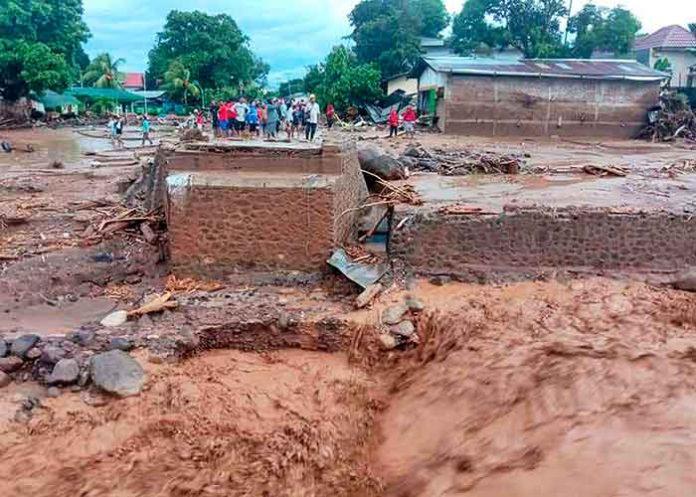 Indonesia landslide 5Apr21