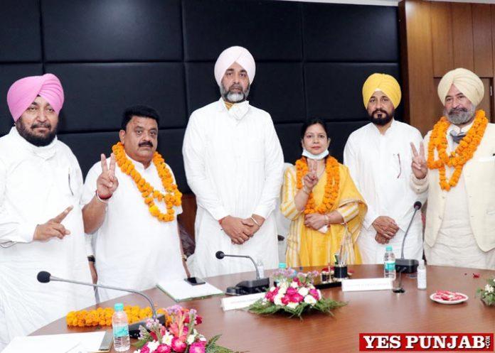 Raman Goyal Mayor Bathinda Ashok President Deputy Mayor Harmandar Singh