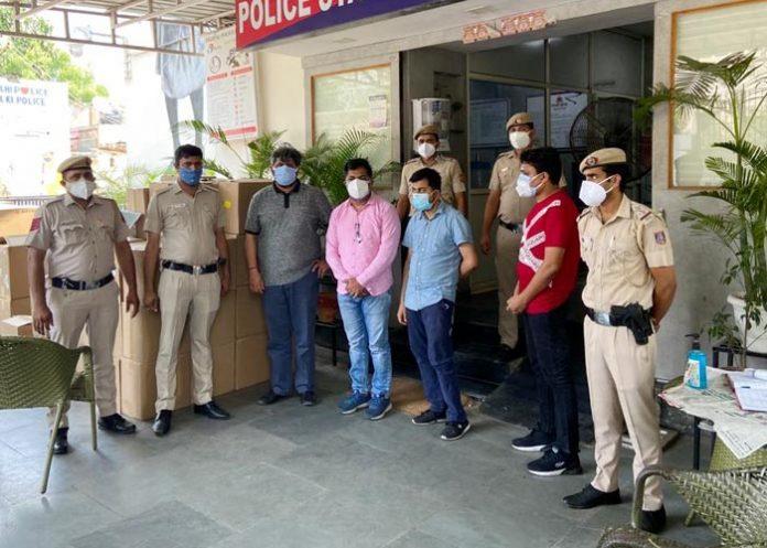 Delhi Police seizes 419 oxygen concentrators