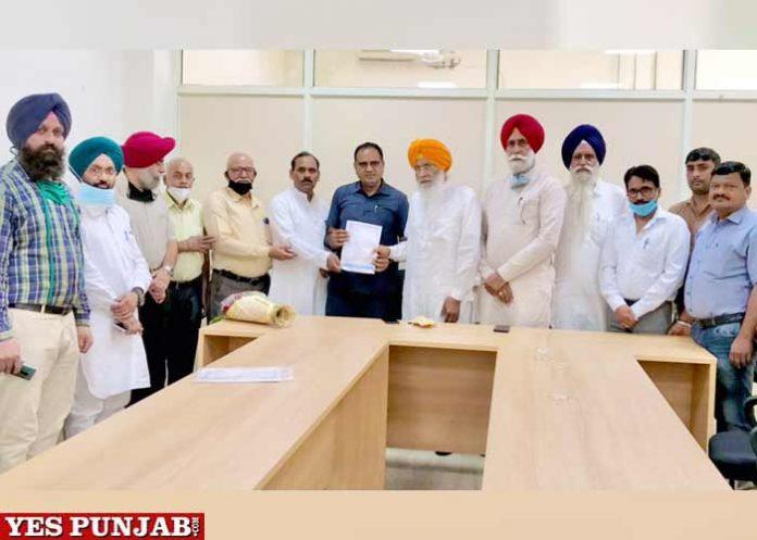 All India Yadav Mahasabha hands over memorandum Sukhdev Dhindsa