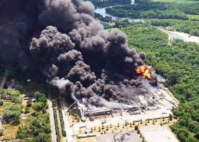 US Illinois chemical plant blast