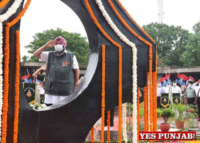 Amarinder pays homage at Kargil War Memorial 1