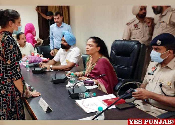 Manisha Gulati meeting