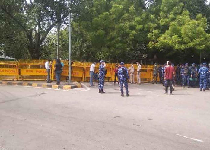 Multi layer security at Jantar Mantar