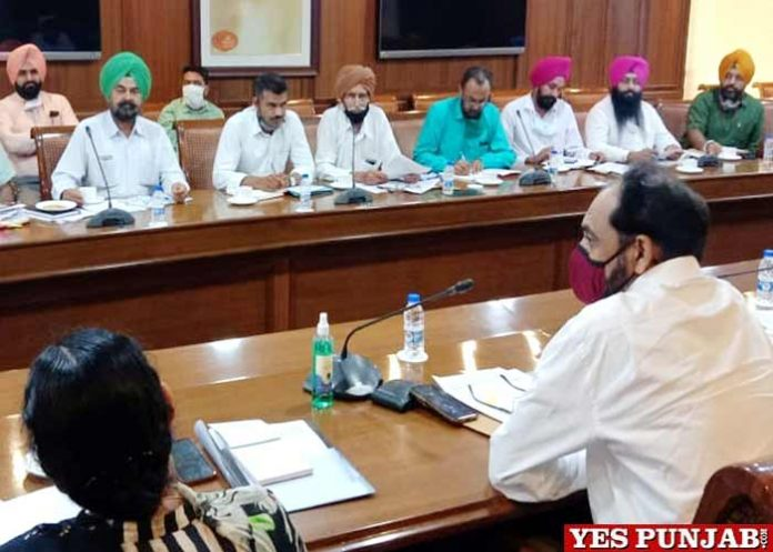 Punjab UT Employees and Pensioners Meet Committee of Joint Front