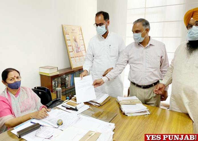 SC Commission registration case against Ravneet Bittu