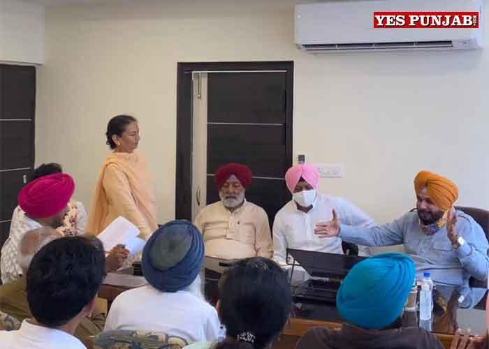 Navjot Sidhu meet Ministers MLAs Chandigarh