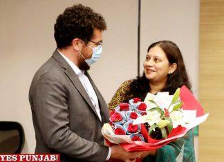 French experts meets Anindita Mitra