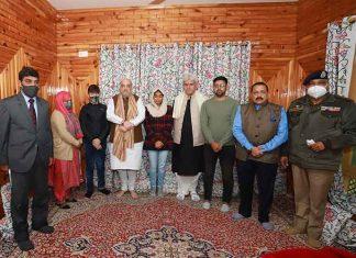 Amit Shah with Parvez Ahmad Dar Family