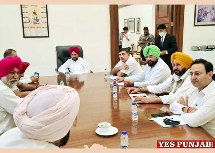Congress MLAs meet Charanjit Channi