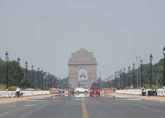 Delhi India Gate Clear Sky