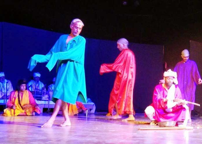 Natyam Theater Festival Kashmir artists Gosia Patthar