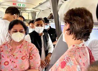 Priyanka met Akhilesh on Lucknow flight
