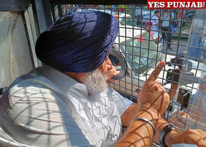 Sukhbir Badal courts arrest near Raj Bhawan BSF