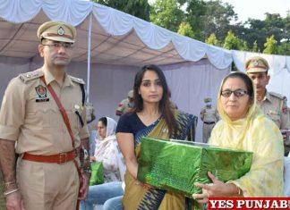 Vivek Sheel Soni Sonali Giri during Commemoration Day